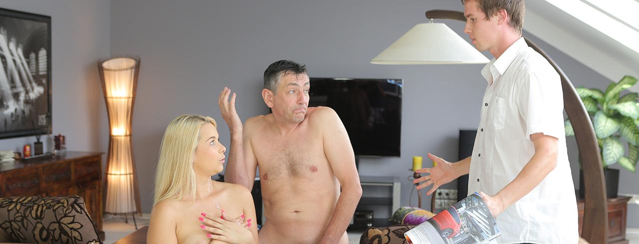 guy fucks his girlfriend